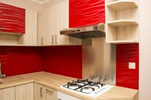 kuchyna s cervenou